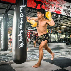 thai box edzés