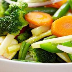 párolt zöldség