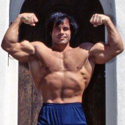 Franco Columbu testépítő